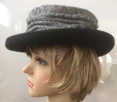 Cappello di lana nero-grigio Lana