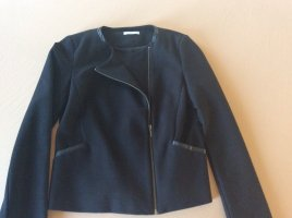 Hochwertiger schwarzer Kurz-Blazer mit asymmetrischem Reissverschluss und Kunstlederpaspeln