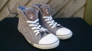 Hohe Sneaker aus Canvas in blue denim