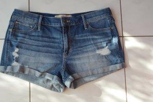 Hollister Shorts, Gr. 32, high rise, wie neu