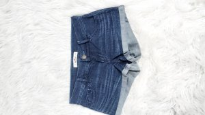 hollister shorts w24