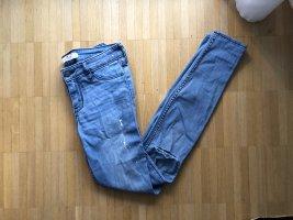Hollister Super Skinny Jeans Leggins Destroyed  Farbflecken Weiss W24 Gr0R Neu Blogger