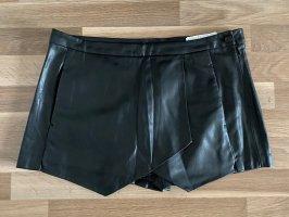 Hosenrock/Shorts aus Fake-Leather Zara Gr.L