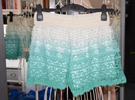Brave Soul Shorts natural white-turquoise