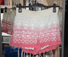 Brave Soul Shorts natural white-neon pink