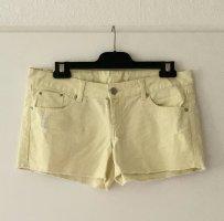 Hot Pants / Jeansshorts von Mango