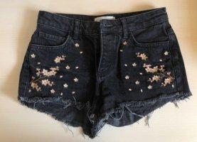 Hotpants mit Blumen-Stickerei