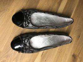 Ballerines en cuir verni noir-gris clair cuir