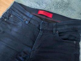 Hugo Boss Jeansy o obcisłym kroju ciemnoniebieski