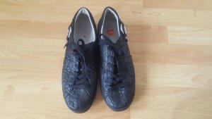 Hugo Boss schwarzer Sneaker aus Leder, Größe 39