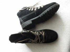 Hush Puppies. Schuhe. schwarz.