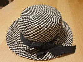 Straw Hat black-white