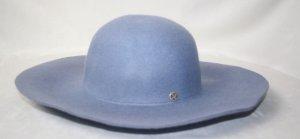 Sombrero de lana azul aciano