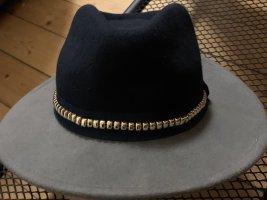 Hut in blau & grau