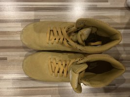 Nike Sneaker stringata color cammello