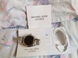 I watch Michael Kors