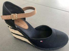 Iconic Basic closed toe Sandaletten