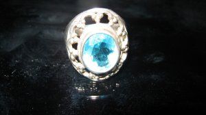 Imposanter Silberring 925 mit wunderschönem Stein