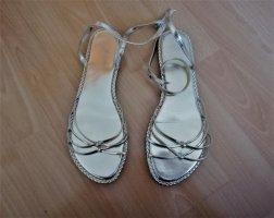 Impressionen Goldene Sandalen
