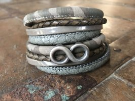 Handmade Lederen armband grijs-bruin-groen-grijs