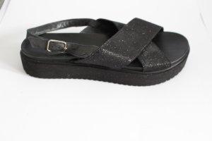 Inuovo Sandalo con plateau nero Pelle