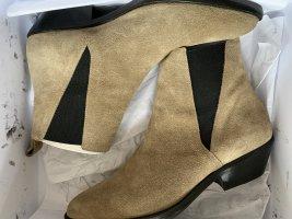 Isabel Marant Booties in Beige Chelsea Boots 40 Ankle Boots Drenky aus Veloursleder