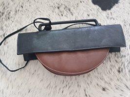 ital designer bag handtasche avantgardistisch sehr edel cognac schwarz trageriemen