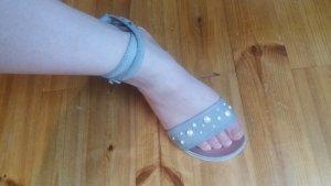 Italienische Sandaletten mit Perlen