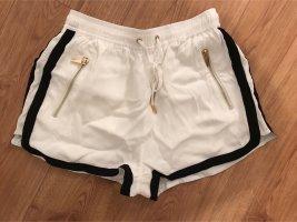 Ivyrevel Shorts schwarz weiß Blogger kenza zouiten
