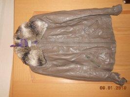 Clockhouse Kurtka z imitacji skóry taupe-szaro-brązowy