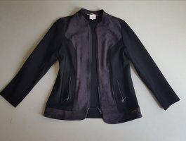Jacke, neu, zu verkaufen, was rötlich erscheint ist wie  und ist schwarz, sieht nur auf Foto so aus