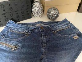 Jeans der Marke Gang