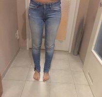 Bershka Spodnie z wysokim stanem niebieski