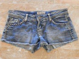 Jeans Hot Pants Punk Rock Nieten Shorts Blogger Fashion Hose