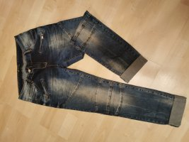 Jeans im Bikerlook