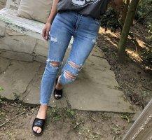 Jeansy z wysokim stanem jasnoniebieski