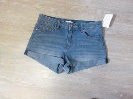 Jeans Short in Gr. 36 H&M ungetragen Damen Mädchen