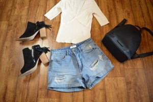 Jeans Shorts Gr. 36 Forever21 Top