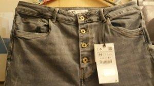 Jeans von Zara, Gr.44, neu