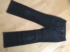 Jeans von Zerres, Größe 40, guter Zustand, Stickerei