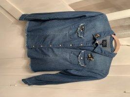 Jeanshemd mit Steinchen