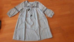 H&M L.O.G.G. Vestido vaquero azul pálido-azul oscuro lyocell
