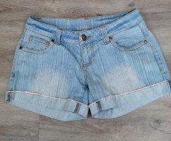 Jeansshorts von MADONNA Gr. S hellblau