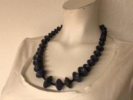 Collar violeta grisáceo-negro