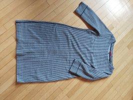 Jerseykleid mit Hahnentrittmuster