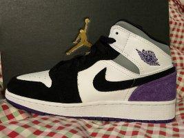 jordan 1 mid se purple