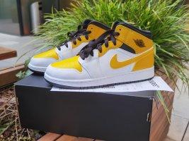 Air Jordan Wysokie trampki biały-żółty