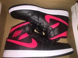 Air Jordan Zapatos de patinador negro-rojo neón Cuero