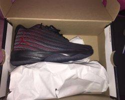 Air Jordan Lace-Up Sneaker black-red