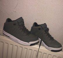 Jordan Schuhe(Preis verhandelbar )
